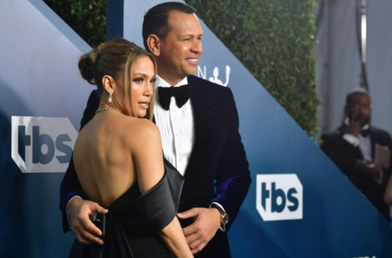 Jennifer Lopez Called It Quits With Alex Rodriguez; Deletes Images and Videos from Instagram