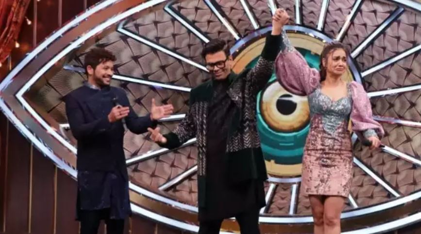 Divya Agarwal Wins Big Boss OTT, Twitter Reacts - The Teal Mango
